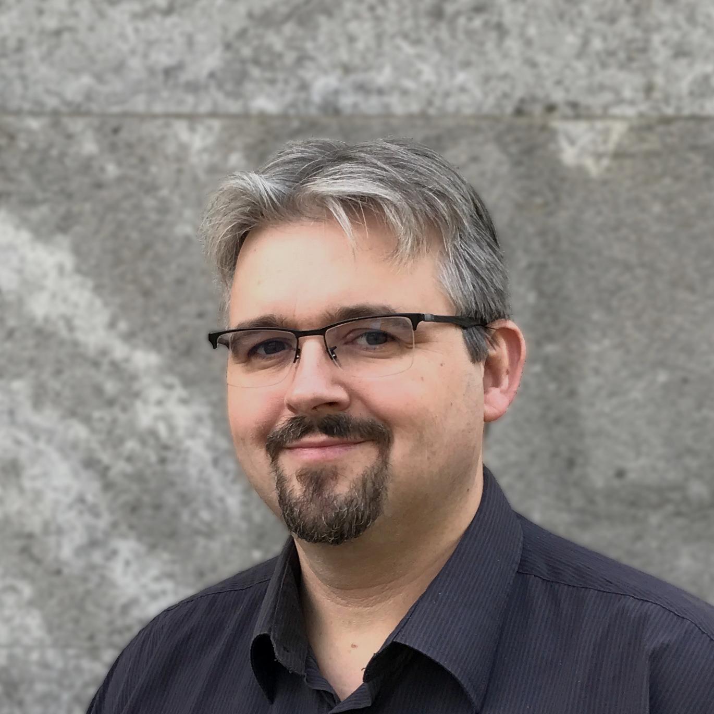 Von Romanautoren lernen – Plotten mit Axel Hollmann – Folge 177